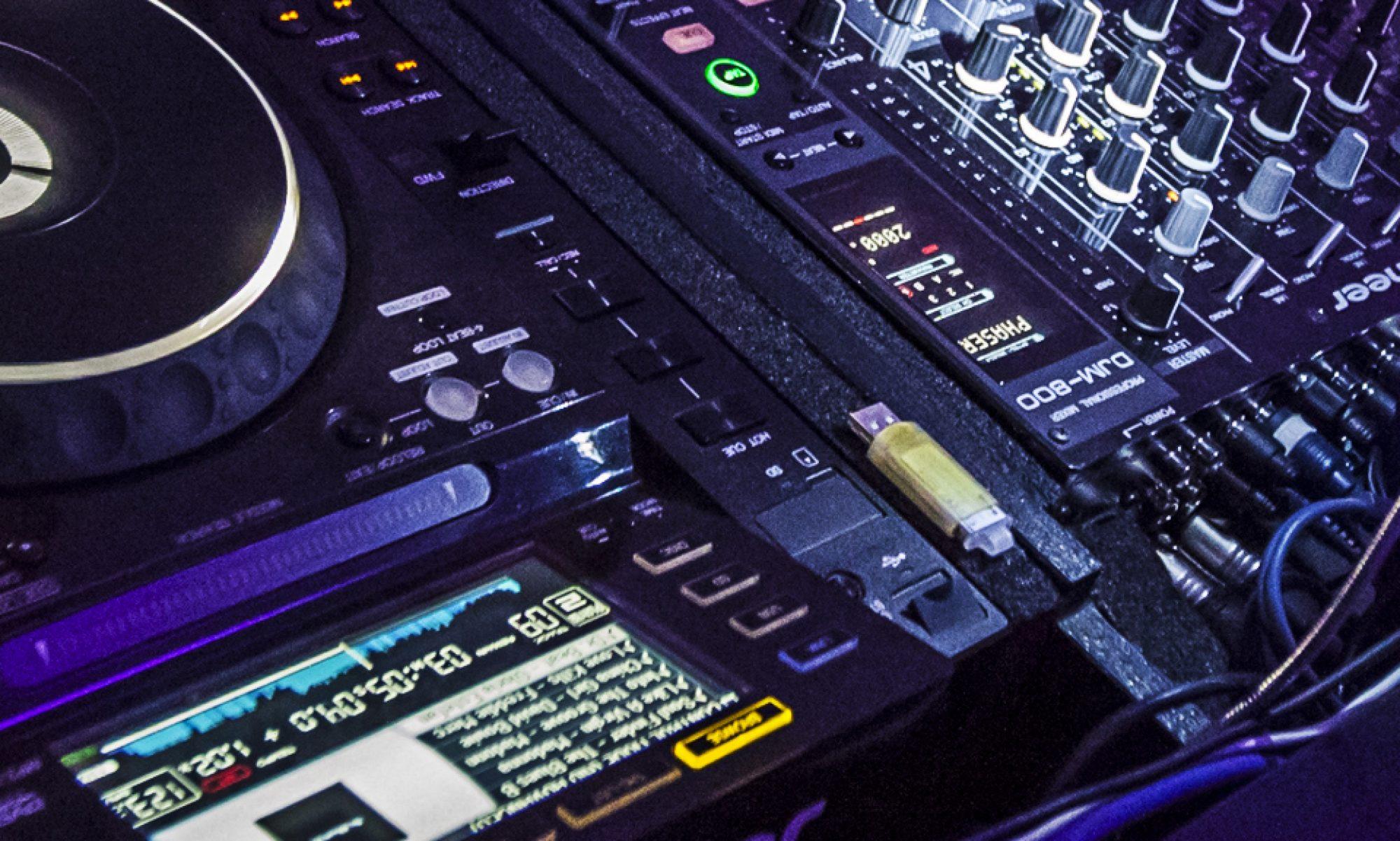 DJ-Thomas